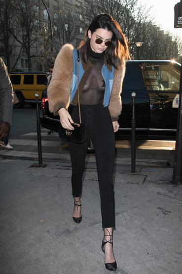 Kendall Jenner首度透露喜爱braless穿搭的原因:短短几句话展现大方坦然的态度
